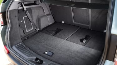 Land Rover Discovery Sport HSE interior boot