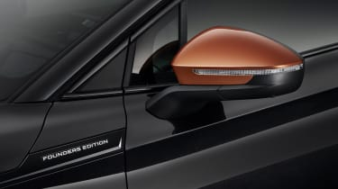 2021 Skoda Enyaq iV - wing mirror black/orange