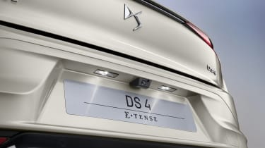 2021 DS 4 E-Tense - rear deck