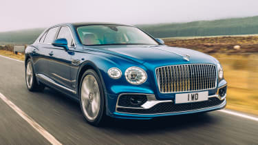 Bentley Continental Flying Spur saloon front 3/4 tracking