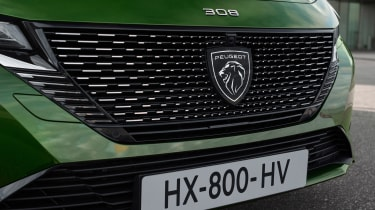 2021 Peugeot 308 - front grille