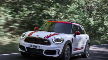 MINI John Cooper Works Countryman - front quarter cornering