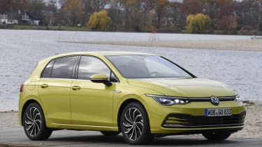 2020 Volkswagen Golf - front 3/4 static