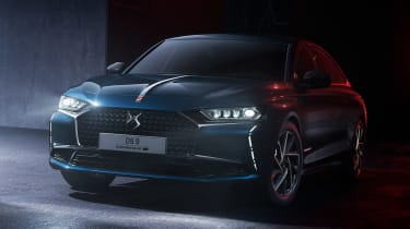 2021 DS 9 saloon - front 3/4 close static