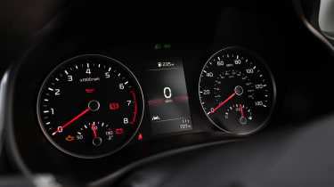 Kia Stonic SUV gauges