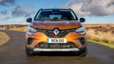 Renault Captur SUV front