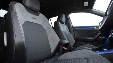 Volkswagen T-Roc R seats