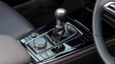 Mazda CX-30 SUV gearlever