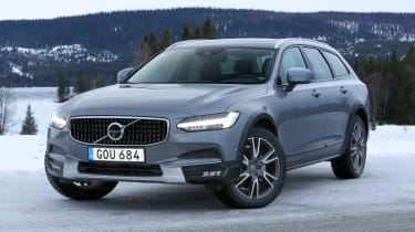The intention is that there should be no commonly-faced driving condition that will halt a V90 Cross Country's journey