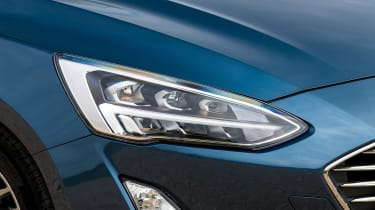 Ford Focus hatchback headlights