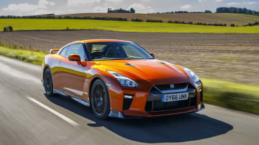 Nissan GT-R coupe front 3/4 tracking