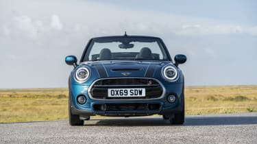 MINI Sidewalk Convertible front view, with roof down