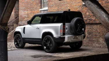 2020 Land Rover Defender 90 - rear 3/4 view static