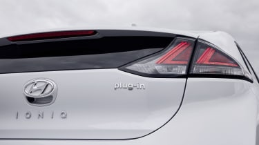 Hyundai Ioniq Plug-in Hybrid tail-light