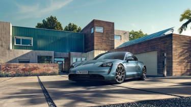 2020 Porsche Taycan 4S - Front 3/4 static view