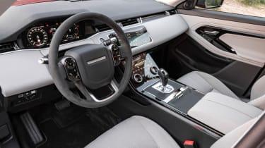 Range Rover Evoque 2019 interior 2