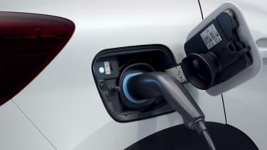 2020 Renault Captur E-Tech - Charging port