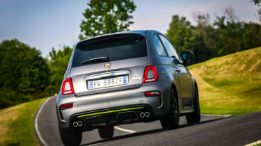 Abarth 595 Pista - Rear 3/4 dynamic