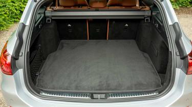 Mercedes C-Class Estate boot