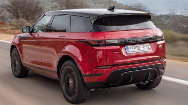 Range Rover Evoque 2019 rear quarter tracking