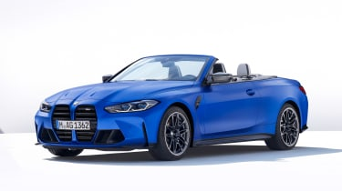 2021 BMW M4 Competition Convertible M xDrive - front 3/4 view