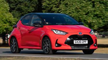 Toyota Yaris Hybrid front 3/4 cornering