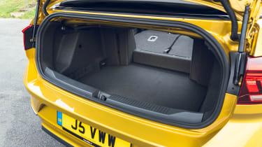 Volkswagen T-Roc Cabriolet boot - seats down