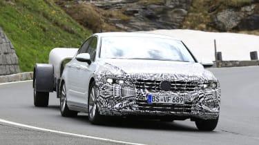 2019 Volkswagen Passat spy shot front