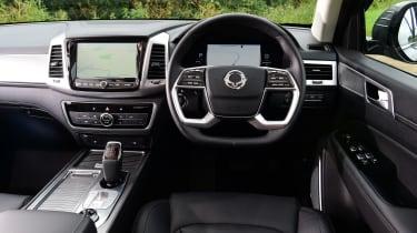 SsangYong Rexton SUV interior