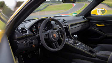 Porsche 718 Cayman coupe steering wheel