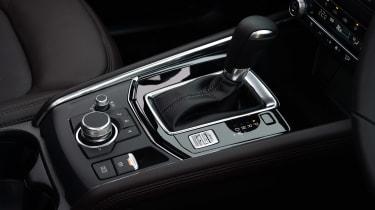 Mazda CX-5 SUV gearlever