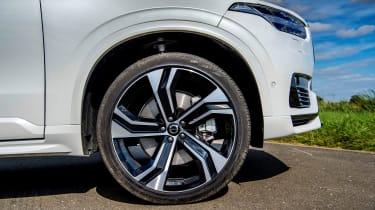 Volvo XC90 Recharge alloy wheel
