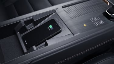 Nissan Ariya wireless phone charging area
