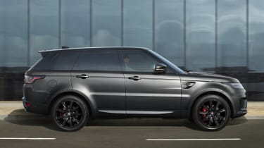Range Rover Sport HSE Dynamic Black side view