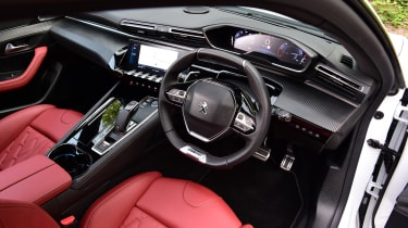 Peugeot 508 SW estate interior