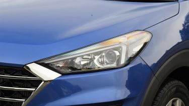 2018 Hyundai Tucson SUV - headlight