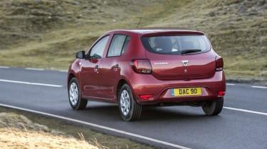 Dacia Sandero hatchback rear 3/4 panning