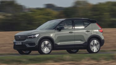 Volvo XC40 Recharge P8 SUV front 3/4 tracking