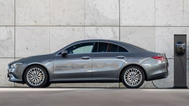 Mercedes CLA and GLA plug-ins - CLA side static