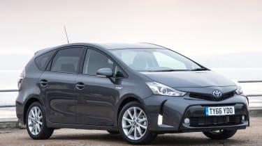 Toyota Prius+ MPV front 3/4 static