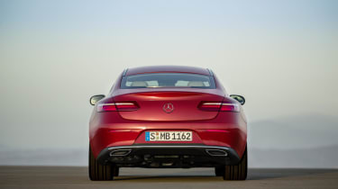 Depending on how it's specified, you can even open and start the Coupe with a smartphone, as well as with the key