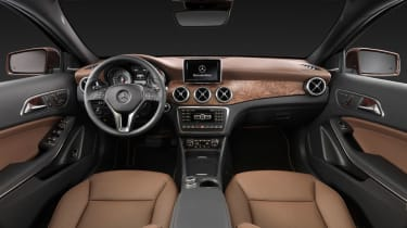 Mercedes GLA 2014 interior
