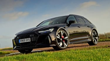 Audi RS6 Avant estate front 3/4 static