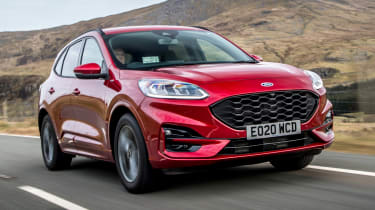 Ford Kuga Plug-in Hybrid front 3/4 tracking