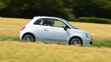 Fiat 500 mild hybrid side panning