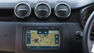 Dacia Duster Prestige sat nav
