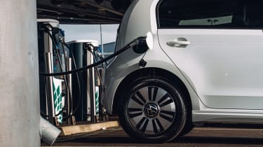 Volkswagen e-up charging