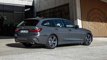 2019 BMW 3 Series Touring - rear 3/4 view static
