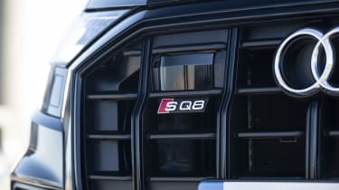 Audi SQ8 - front grill and badge