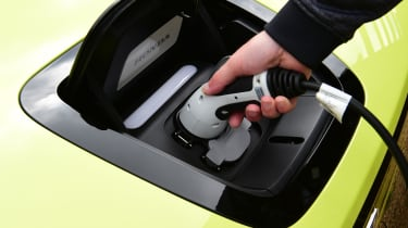 Honda e hatchback charging